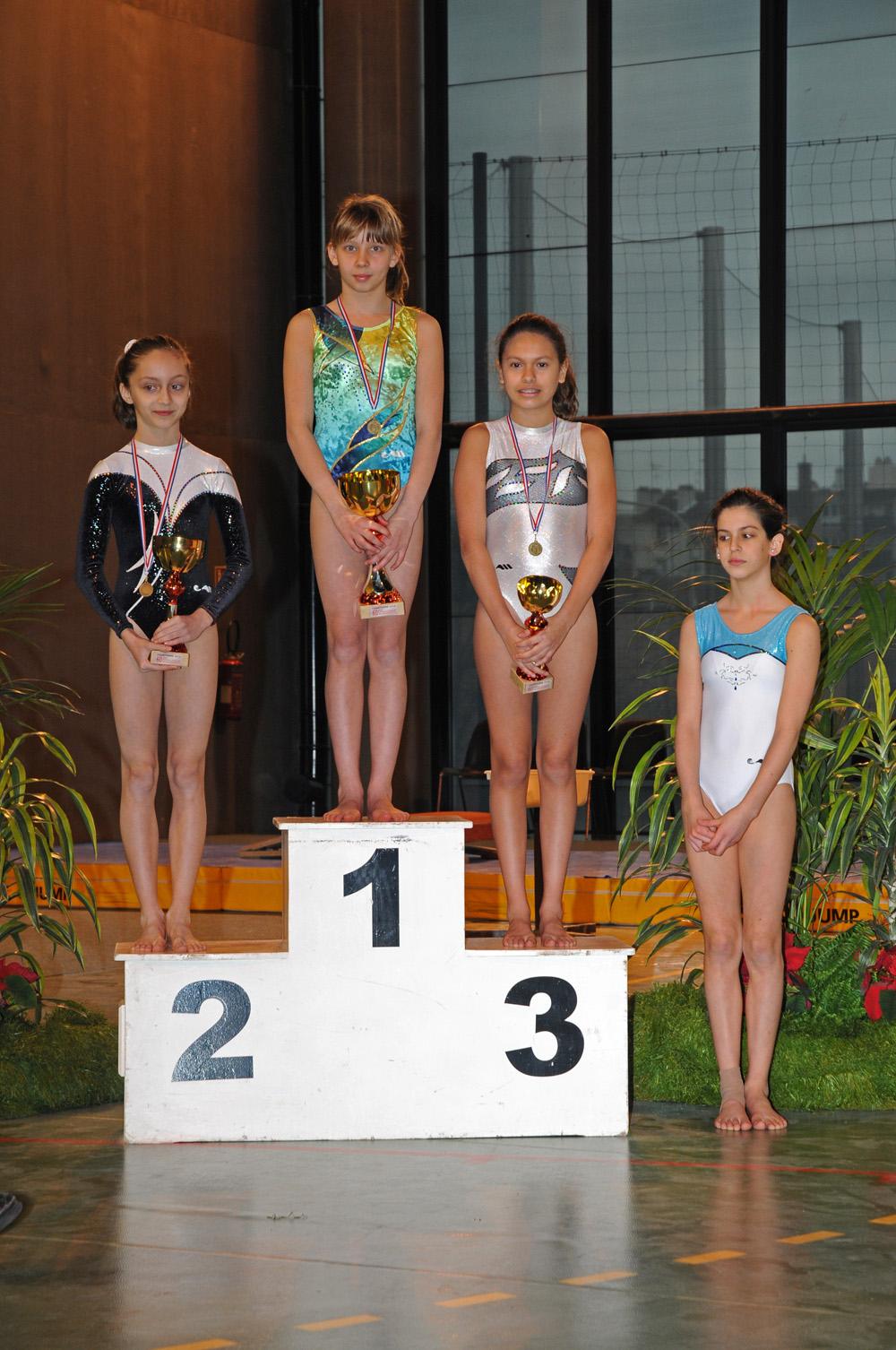 podium minimes crit 1.jpg