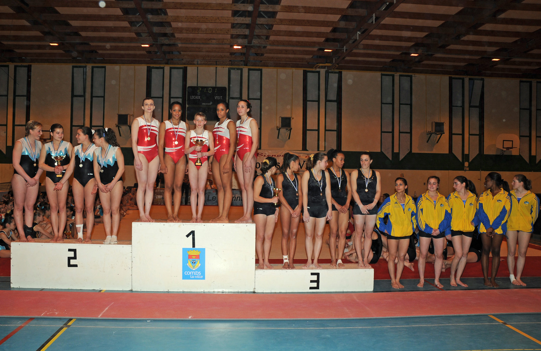 podium df combs (2).jpg